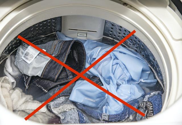 洗濯物と洗剤は適切な量で入れる
