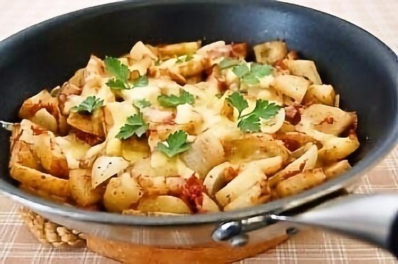 【レシピ】フライパン一つで「じゃが芋コンビーフのチーズ ...