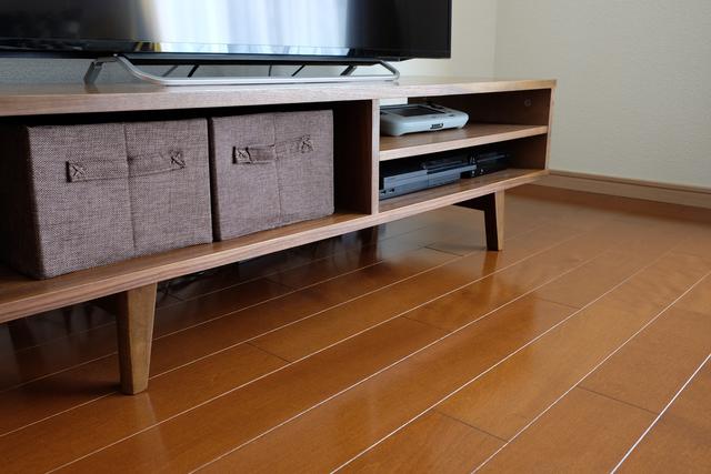 テレビ下の収納スペース